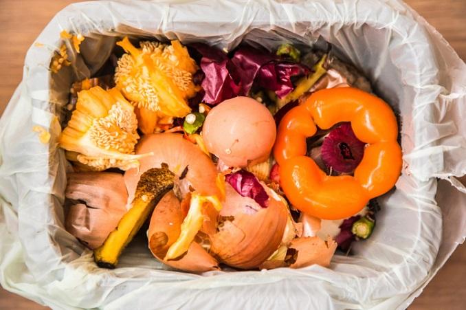 Viele Lebensmittel landen im Müll. © CBCK-Christine/iStock/Thinkstock