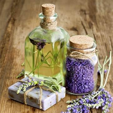 Einfache Rezepte für selbstgemachte Naturkosmetik