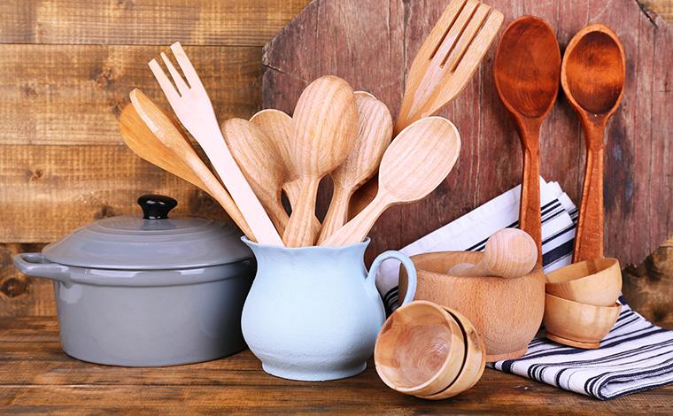 Eine natürliche Alternative zu Plastik ist Holz