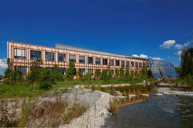 Das Byodo Firmengebäude
