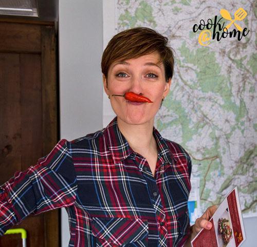 Regina Flieder hat Spaß bei der Arbeit. Sie hat ihr Hobby zum Beruf gemacht.